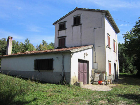 4 bedroom country house for sale in Molise, Isernia, Agnone ... on san giovanni rotondo italy map, acireale italy map, frascati italy map, europe italy map, sezze italy map, palena italy map, isernia map, calabria italy map, marche italy map, licata italy map, amalfi italy map, figline valdarno italy map, alcamo italy map, montecorice italy map, abruzzo italy map, l'aquila italy map, spinete italy map, baranello italy map, cuneo italy map, rionero sannitico italy map,