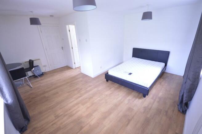 Bedroom, lounge, din