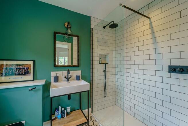 Bedroom Four En-suite shower room