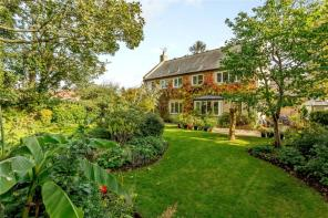 Photo of Mulberry Gardens, Peterborough, PE4