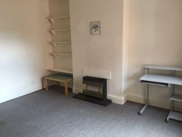 Flat A - Lounge