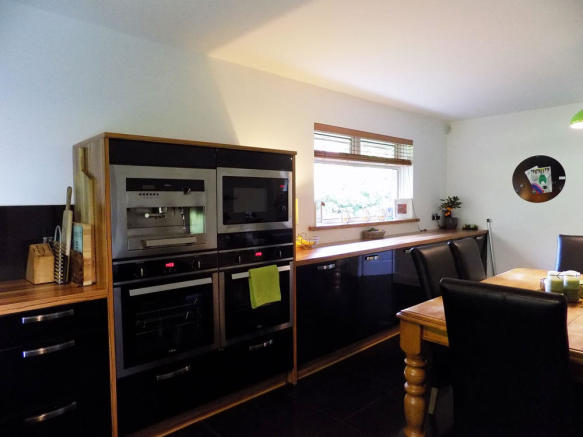 4 bedroom detached house for sale in 35 Eden Grove, East ...