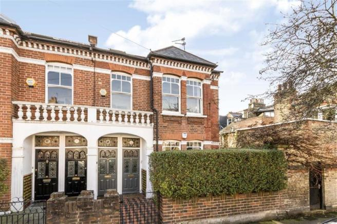 3 Bedroom Flat For Sale In Shandon Road Clapham SW4