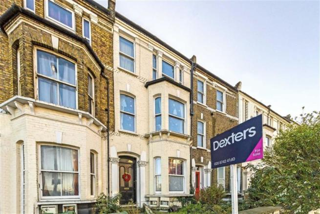 2 Bedroom Flat For Sale In Wandsworth Road Clapham SW8