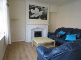 Photo of Fraser Road, (£78SM £92MED £98LARG PPPW) Nottingham, 3 bed student property - City living with parking 2021-22
