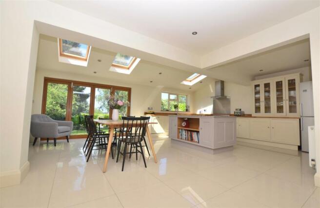 Superb Extended Open Plan Living Kitchen