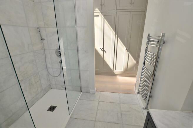 Superb En-Suite Shower Room Villeroy & Boch