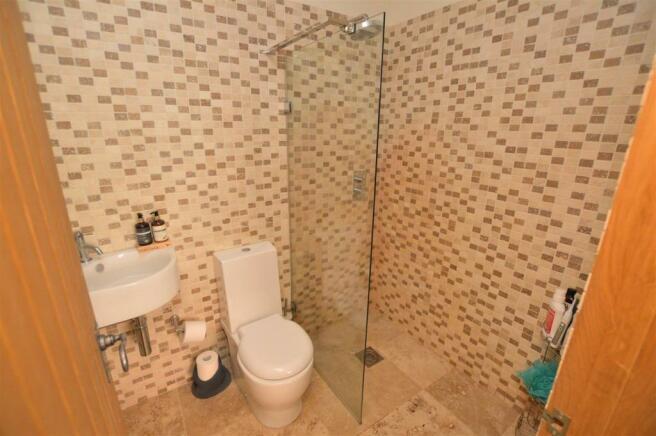 En-suite/Wet Room
