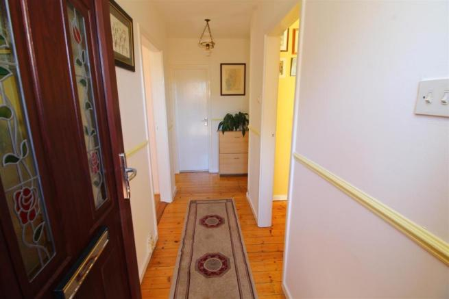 04 Hallway.JPG