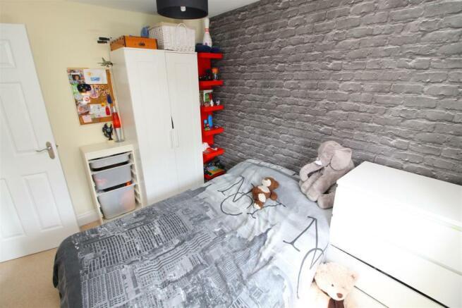 25 Bed 3.JPG