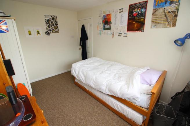 21 bed 2.JPG
