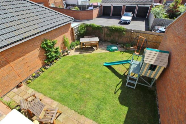03 gdn from above use.JPG