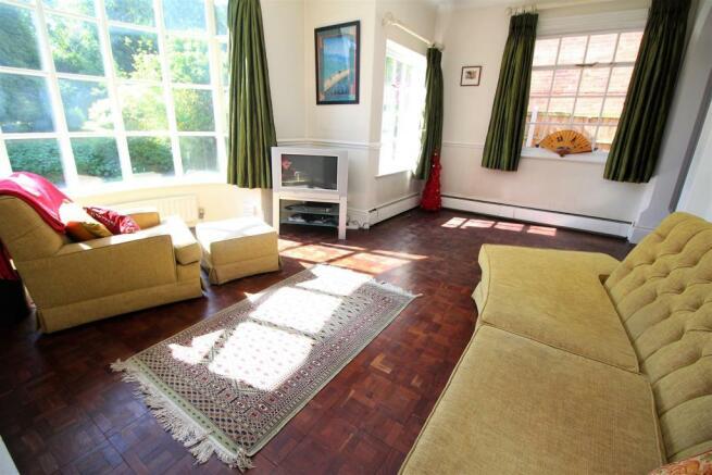 Langtry Grove, 55 - Living Room NEW (2).JPG