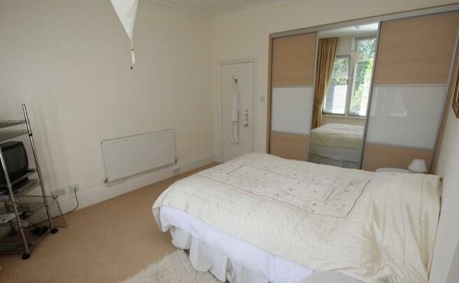 Langtry Grove, 55 - Bedroom 2 -2.jpg