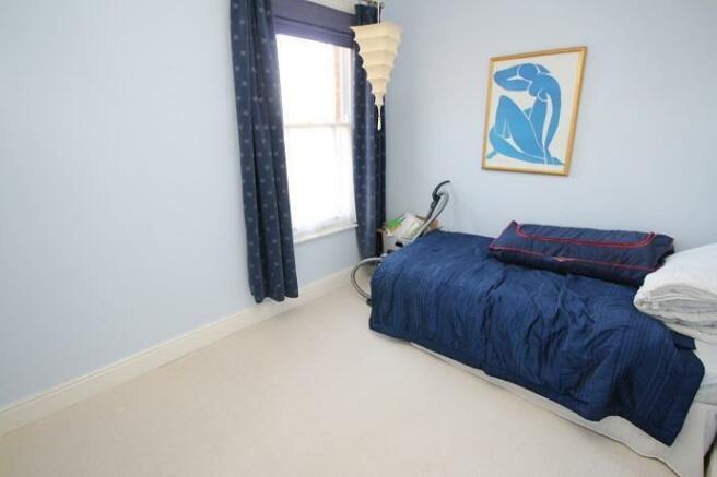 Langtry Grove, 44 - Bedroom 3.jpg