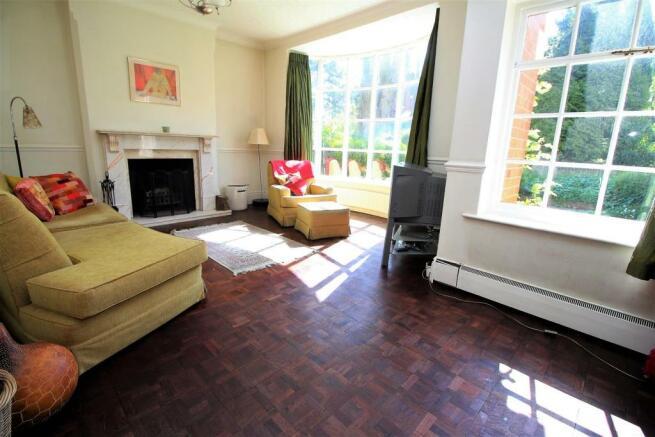 Langtry Grove, 55 - Living Room NEW.JPG