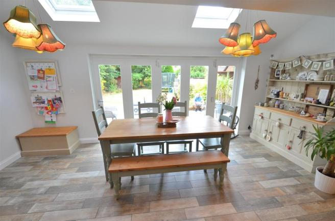 Extended Open Plan Living/Dining Kitchen