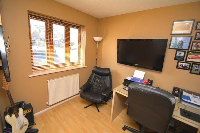Sitting Room/Study/Bedroom