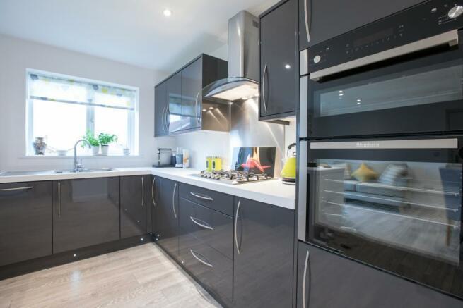 11b - 4 - kitchen.jpg