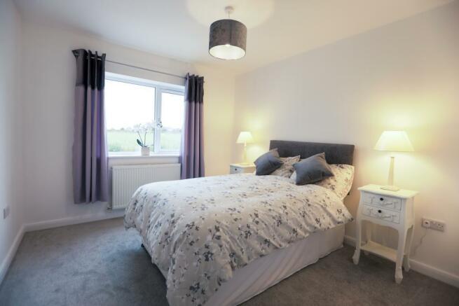 11b - 10 - Bedroom 2.jpg