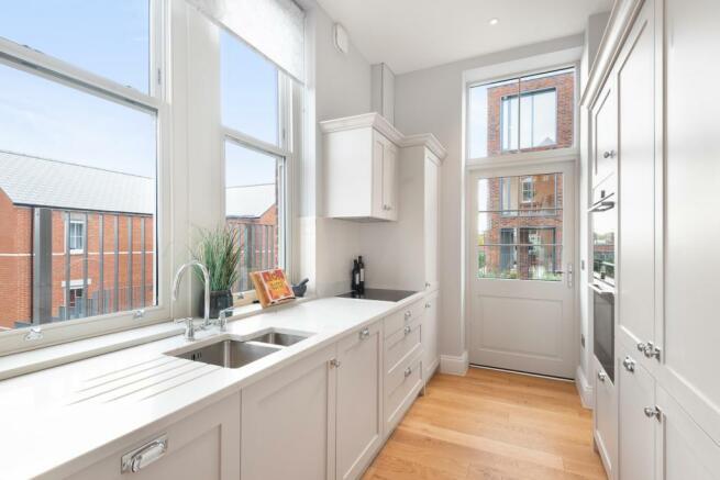 Kitchen (photo of sh
