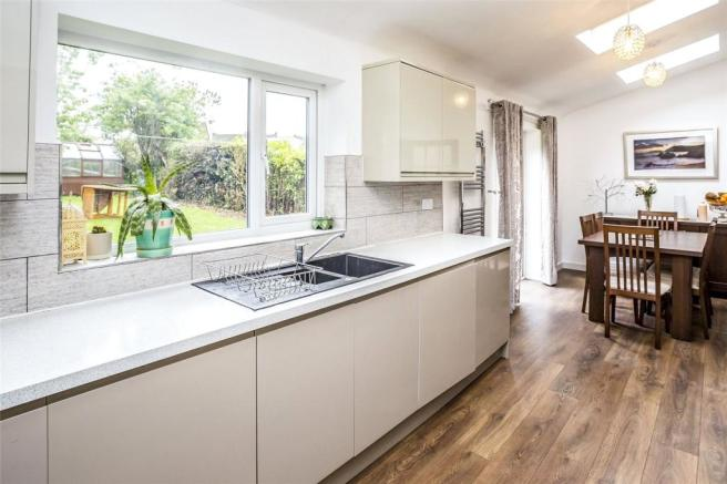 5 bedroom detached house for sale in Dalecroft Rise ...