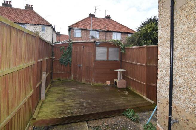 rear garden area