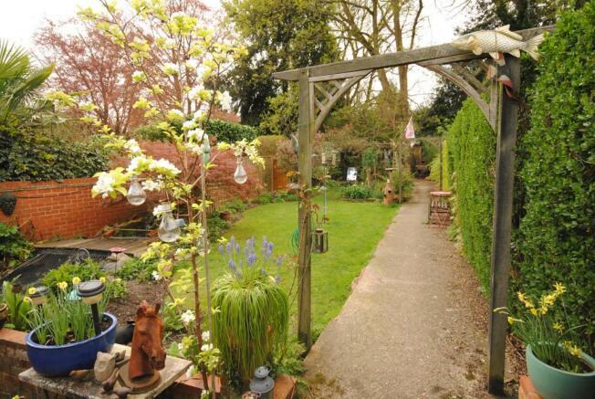Chobham garden 2.JPG