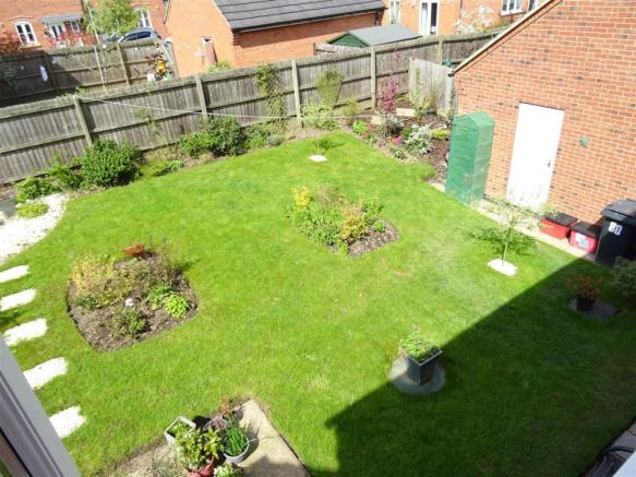 Well Landscaped Rear Garden