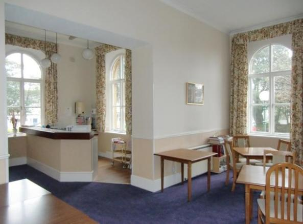 Residents dining area and lounge