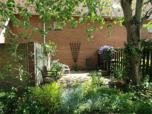 Homespie House Garden