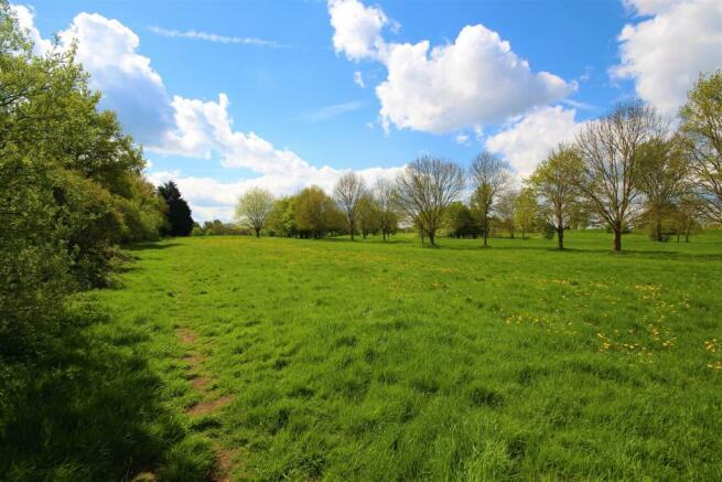 Dinton Pastures