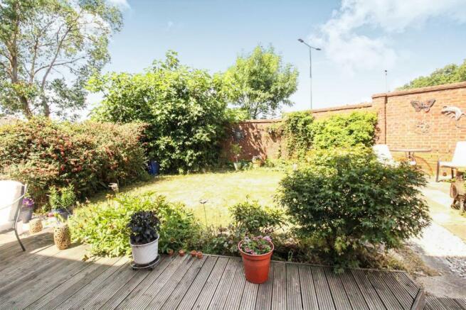 longacre garden1.JPG