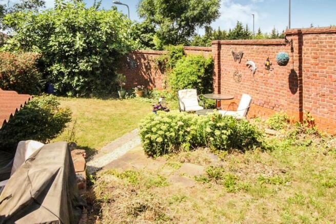 longacre garden7.JPG