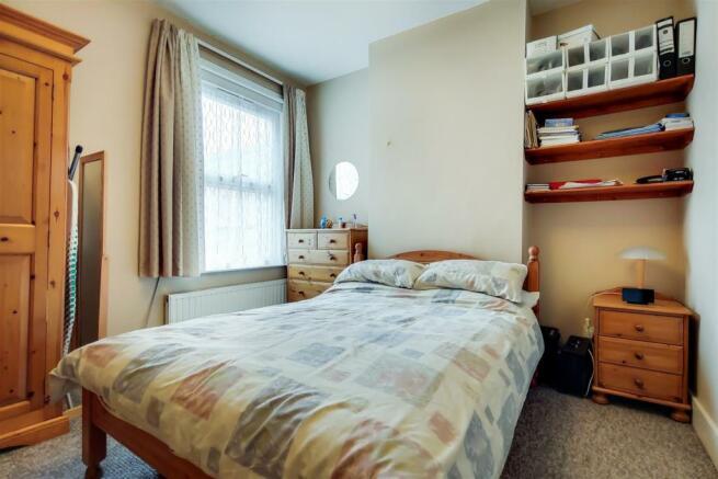 5_Main Bedroom-1.jpg