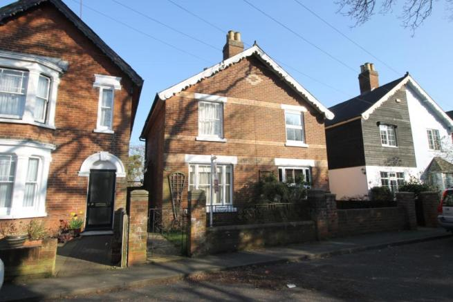 e3d208e1a 2 bedroom semi-detached house to rent in King Coel Road