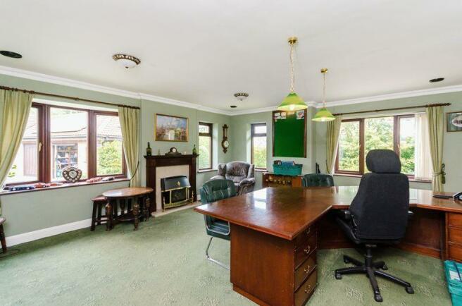 Office/gamesroom