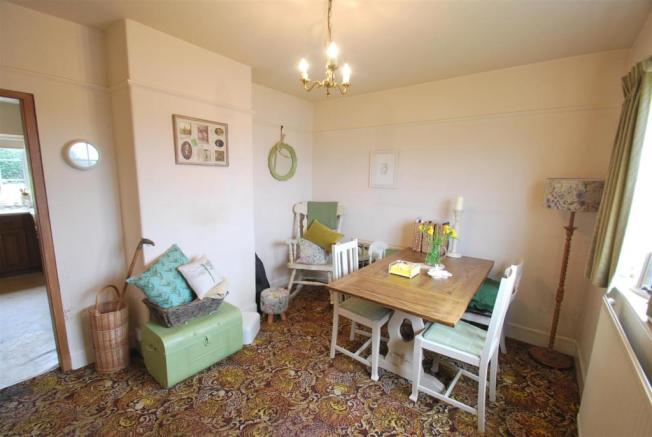 152 Chester Road - Dining Room 1.JPG