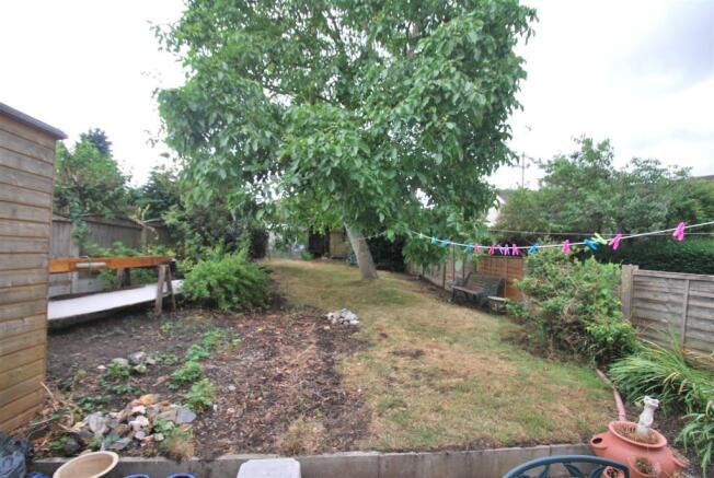 3 Kingsway - Rear Garden.JPG