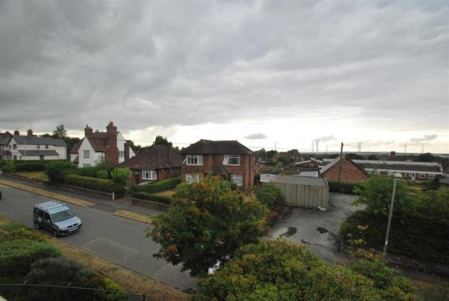 3 Kingsway - View to front.JPG