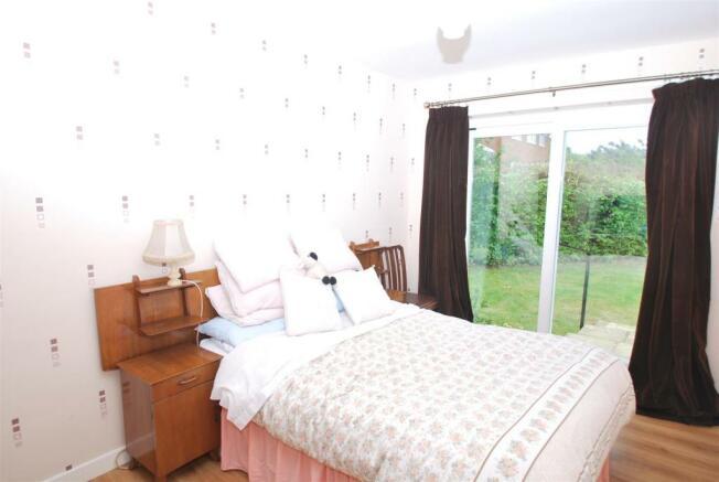 4 acres bed1.JPG