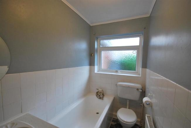 71 latham bath.JPG