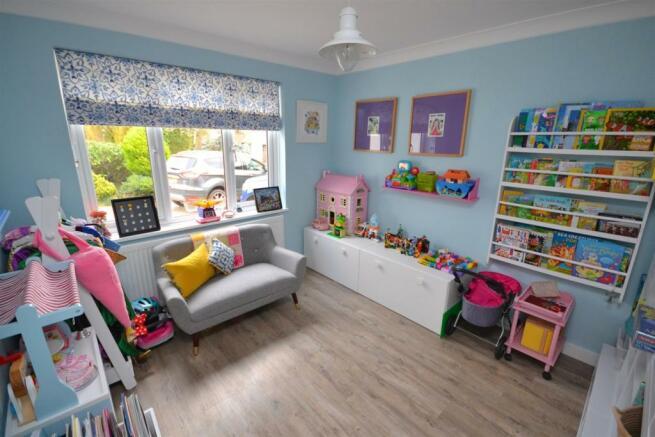 Play Room.JPG