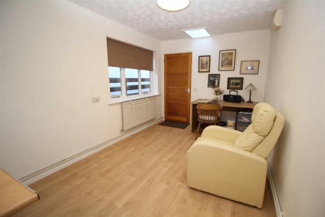 Annexe Sitting Room/Kitchen