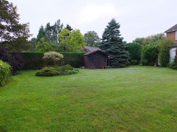 2nd view of rear garden.JPG