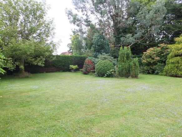 2nd view Garden