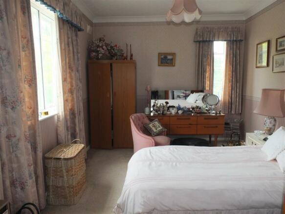 Bedroom 2 (rear)