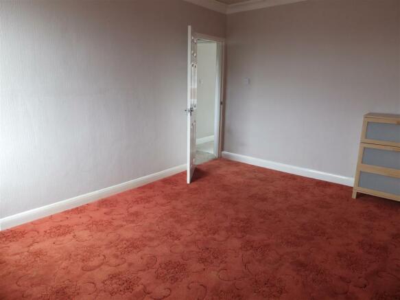 109 High St Billinghay Bedroom 2 (2).JPG