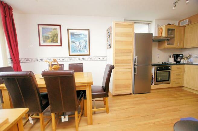 Kitchen/ Dinin...