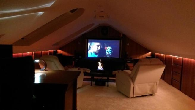Home Cinema/Master Bedroom